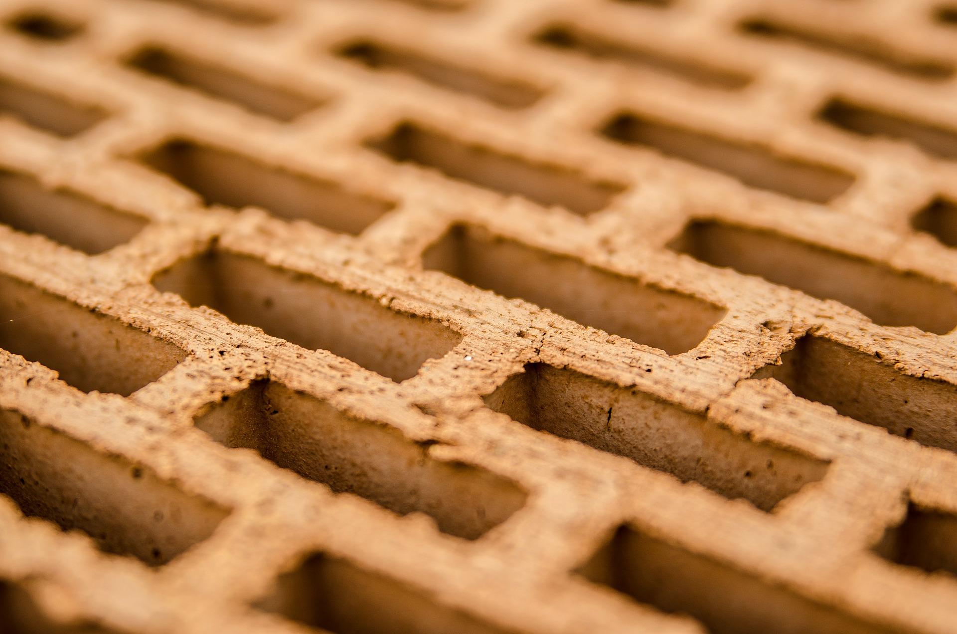 Какие бывают виды кирпичей для строительства дома