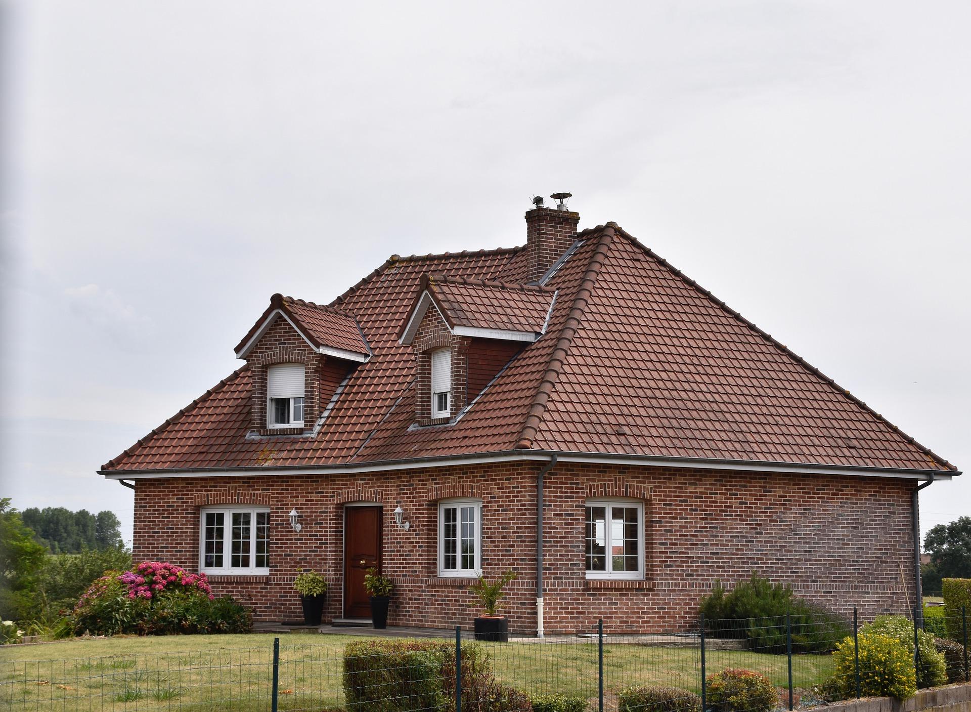 Какой дом выбрать: панельный или кирпичный. Объективные плюсы и минусы